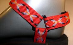 barevné sandále Jola / pásky červené kříže