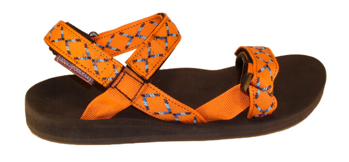 JOLA výroba obuvi / sportovní barevné páskové sandále